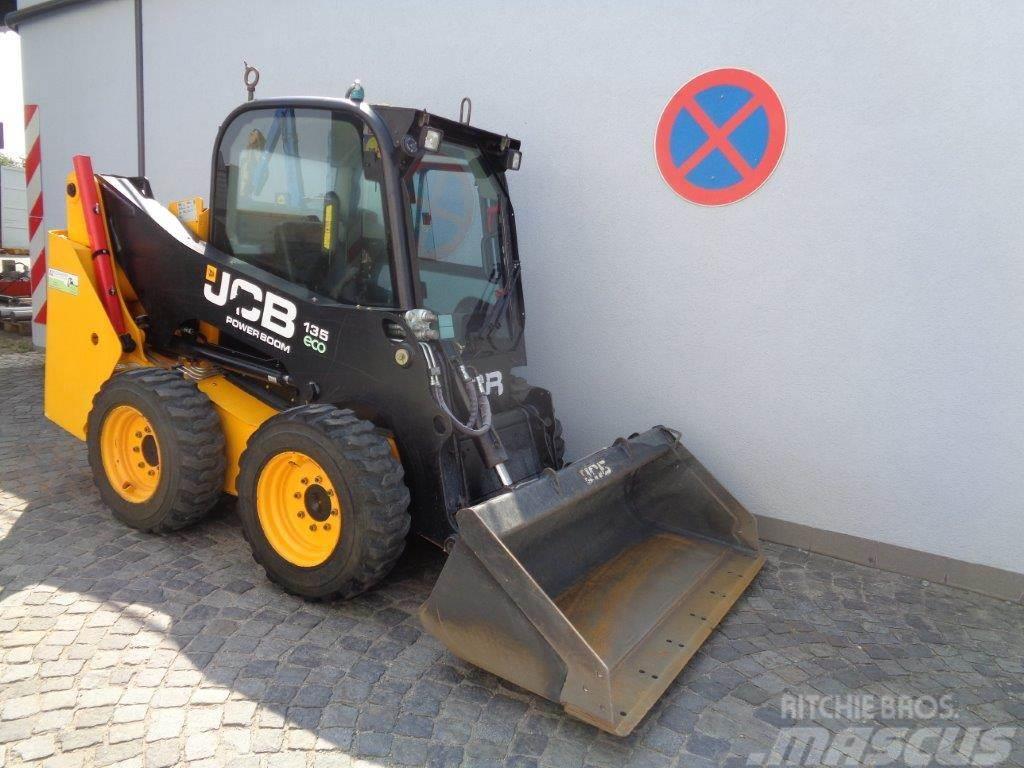 JCB 135 T4