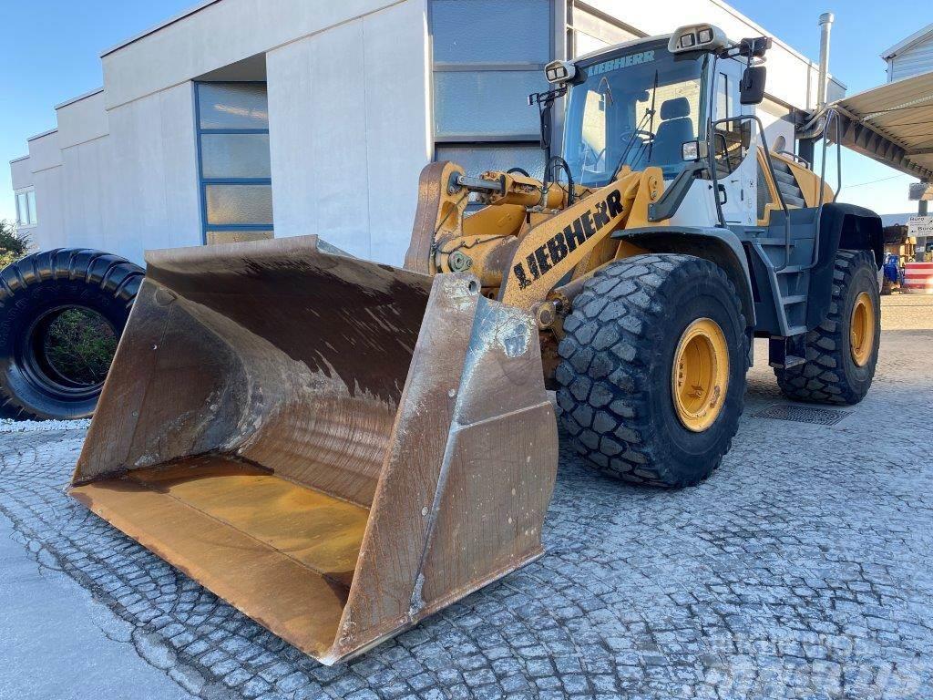 Liebherr L 566-460