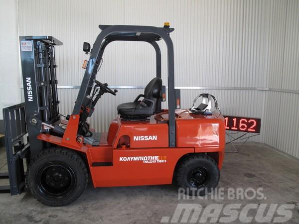 Nissan UGJ02A30