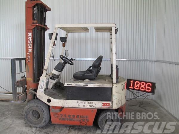 Nissan UM02/UM02L20