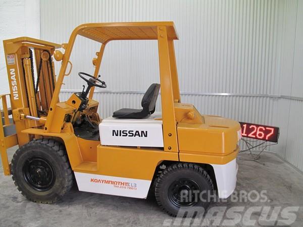 Nissan YF03