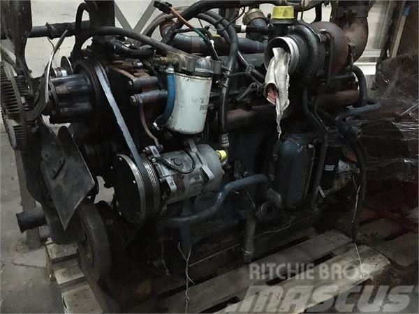 New Holland 8770 MOTOR