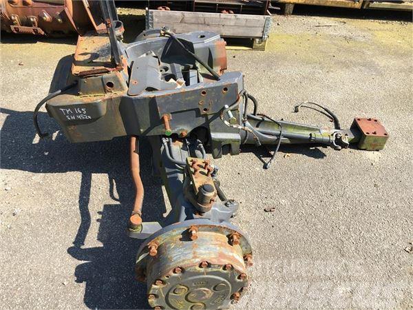 New Holland TM 165 Affjederet foraksel.