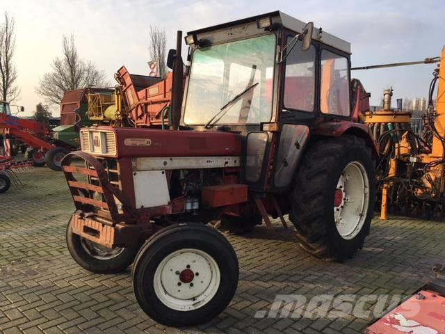 Case IH 744 2WD TRACTOR