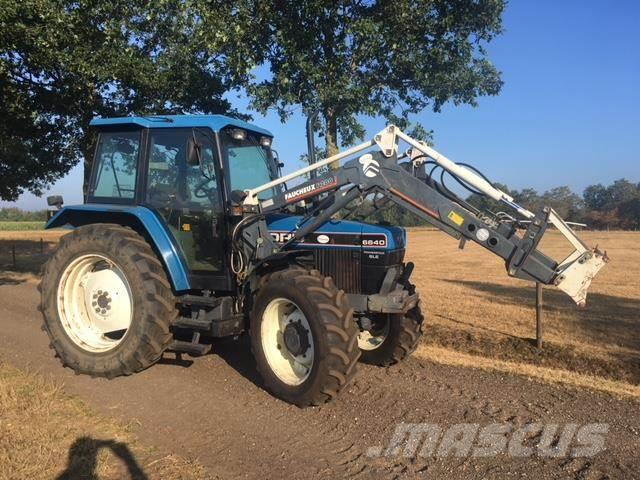 New Holland 6640SLE TRACTOR MET LADER