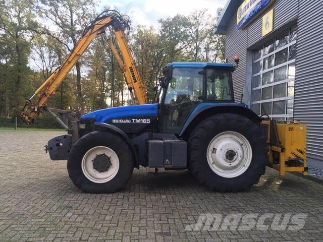 New Holland TM165PC TRACTOR