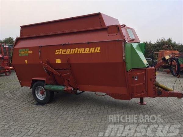 Strautmann MULTIMIX 900 VOERWAGEN