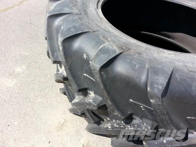 Pirelli 18,4R38