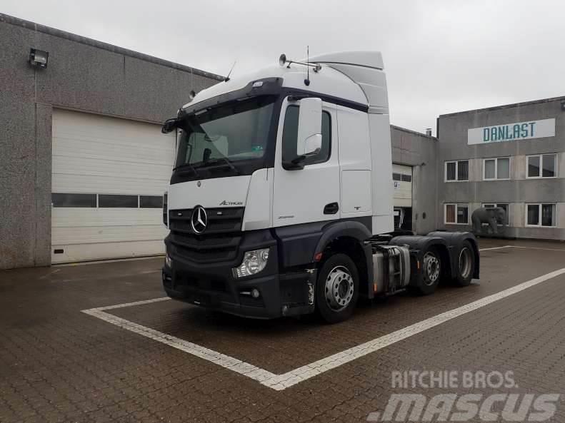 Mercedes-Benz 2545 LS