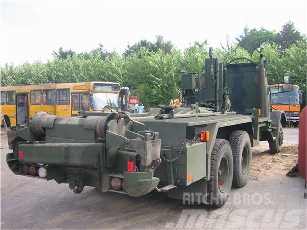 Scania LA 82 B