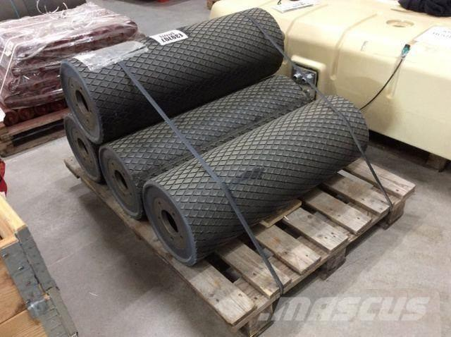 Metso Conveyor drive pulley drum 314x895mm 909522