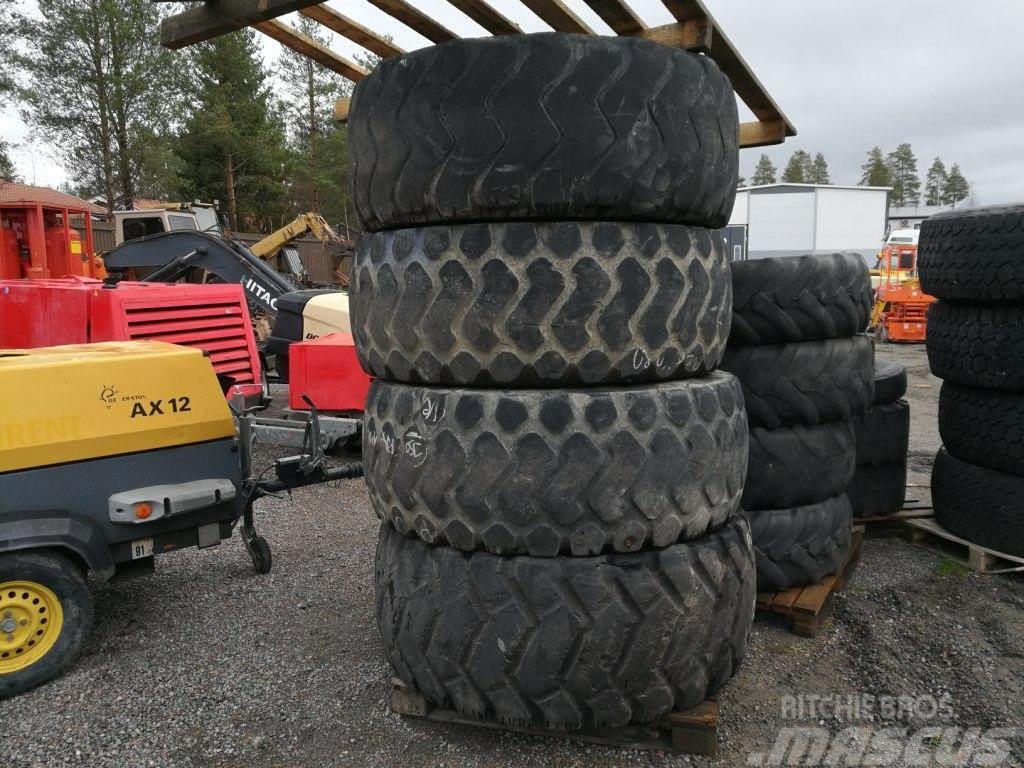 Michelin 23.5/ R25 renkaat 4kpl