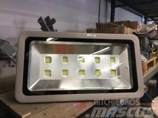 [Other] W M Fabricating Ltd. LED Lights