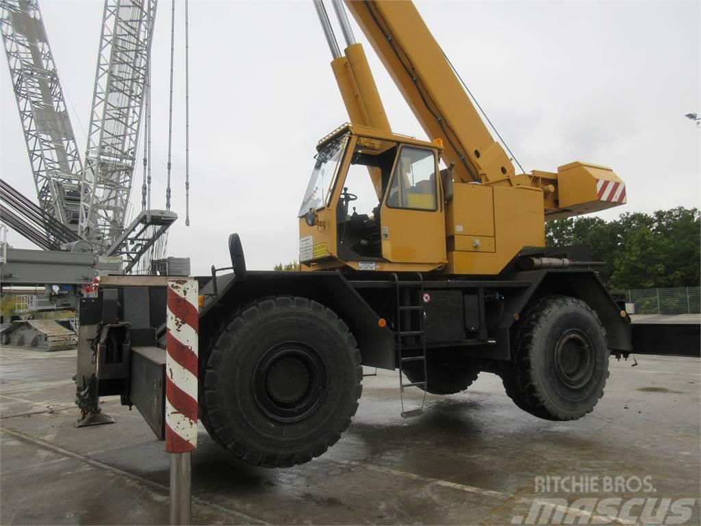 Liebherr LTL 1060