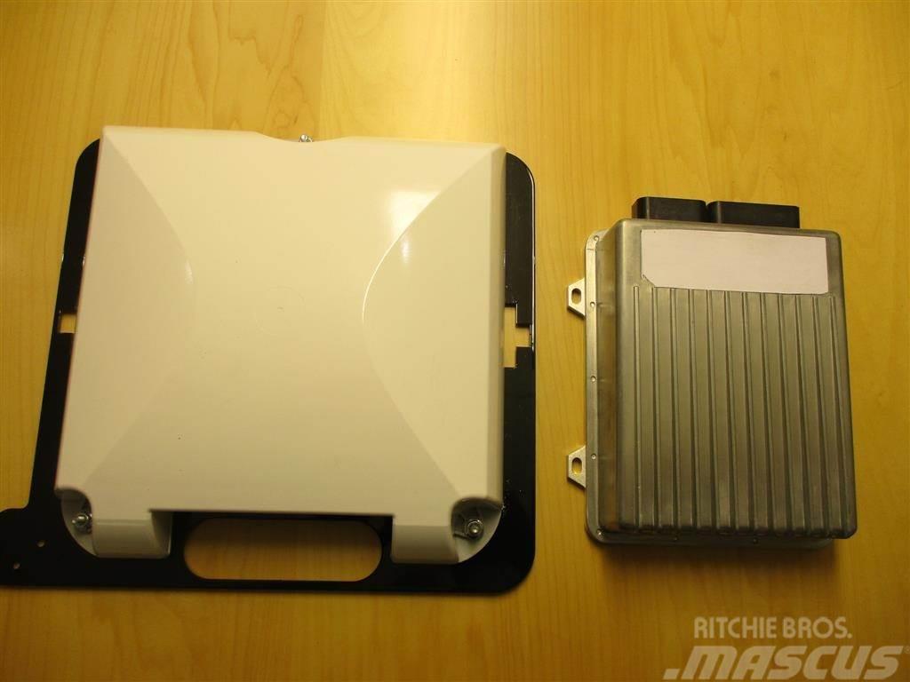 Case IH 372 antenne og Nav controller med RTX signal