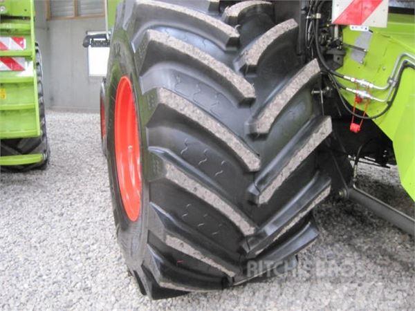 CLAAS 900/60R32 komplette hjul.