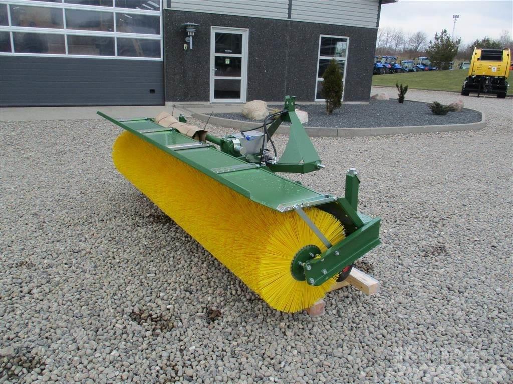 Thyregod TK 3300 Mekanisk trukket med PTO aksel og med svin