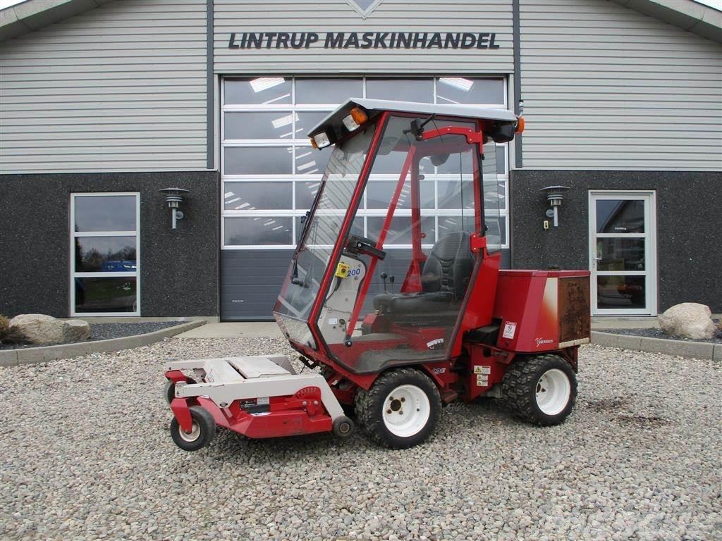 Ventrac 3200 4wd, Knækstyret, Diesel med klipperbord