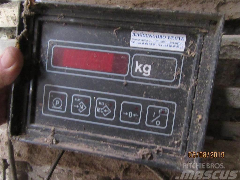 Bjerringbro Vægte 2000 kg elektronisk brovægt