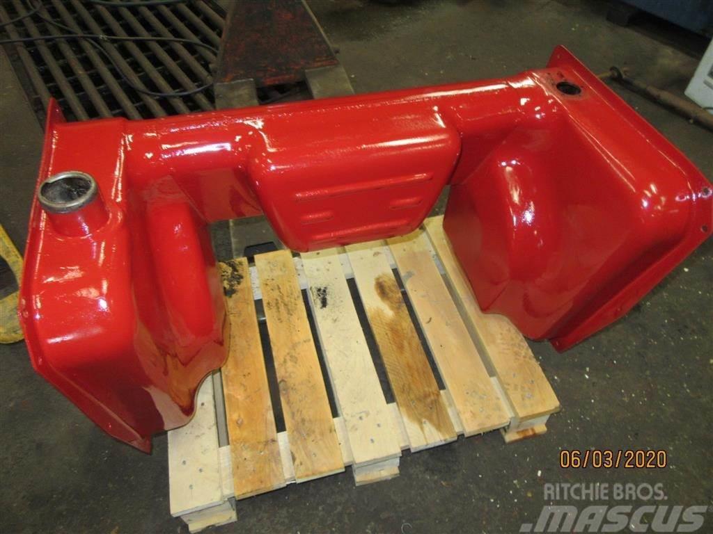 Case IH Brændstoftank 454-574