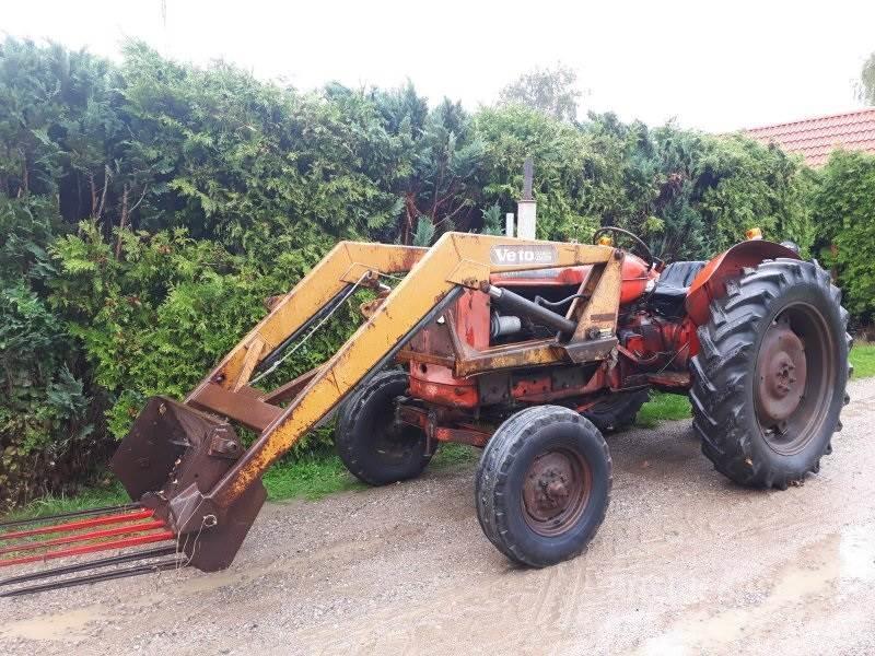 Nuffield Frontlæsser Traktor 4/60