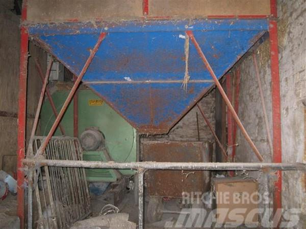 [Other] Flex 6 tons silo på ben