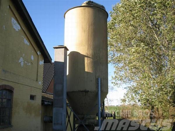 Tunetank glasfiber silo