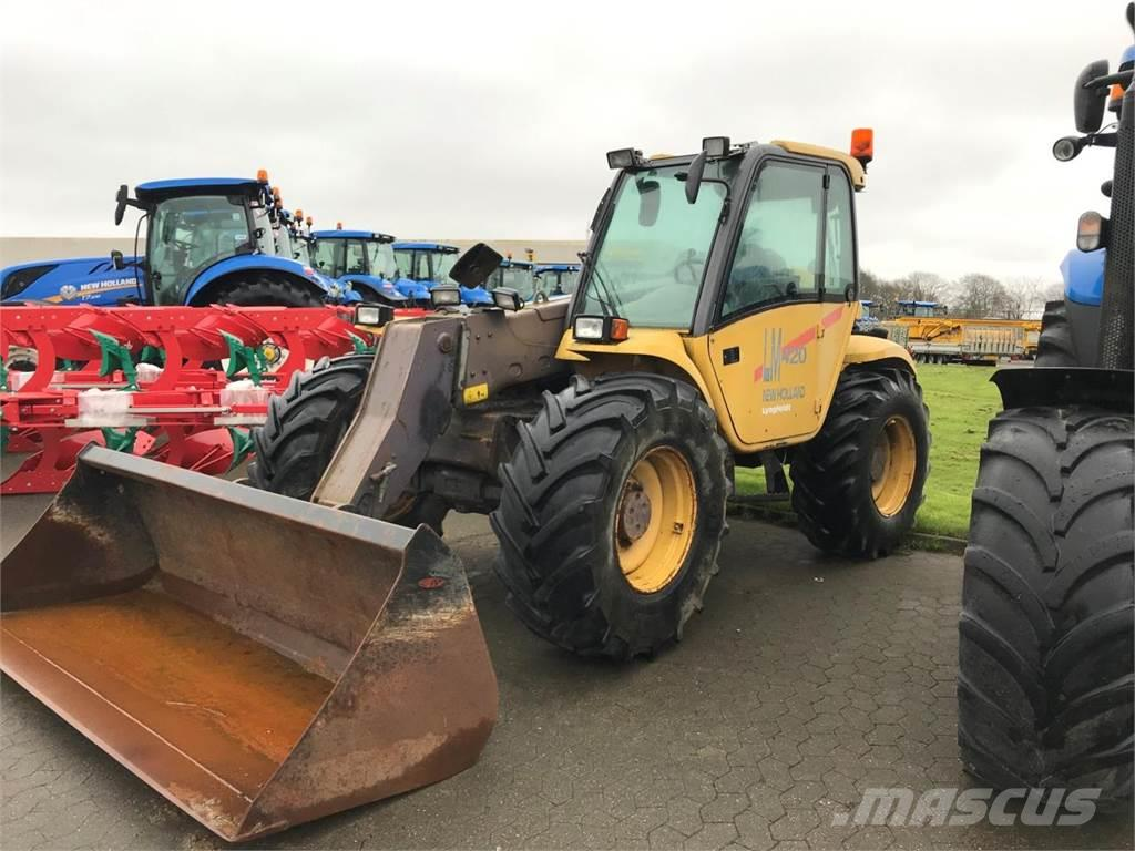 New Holland LM420