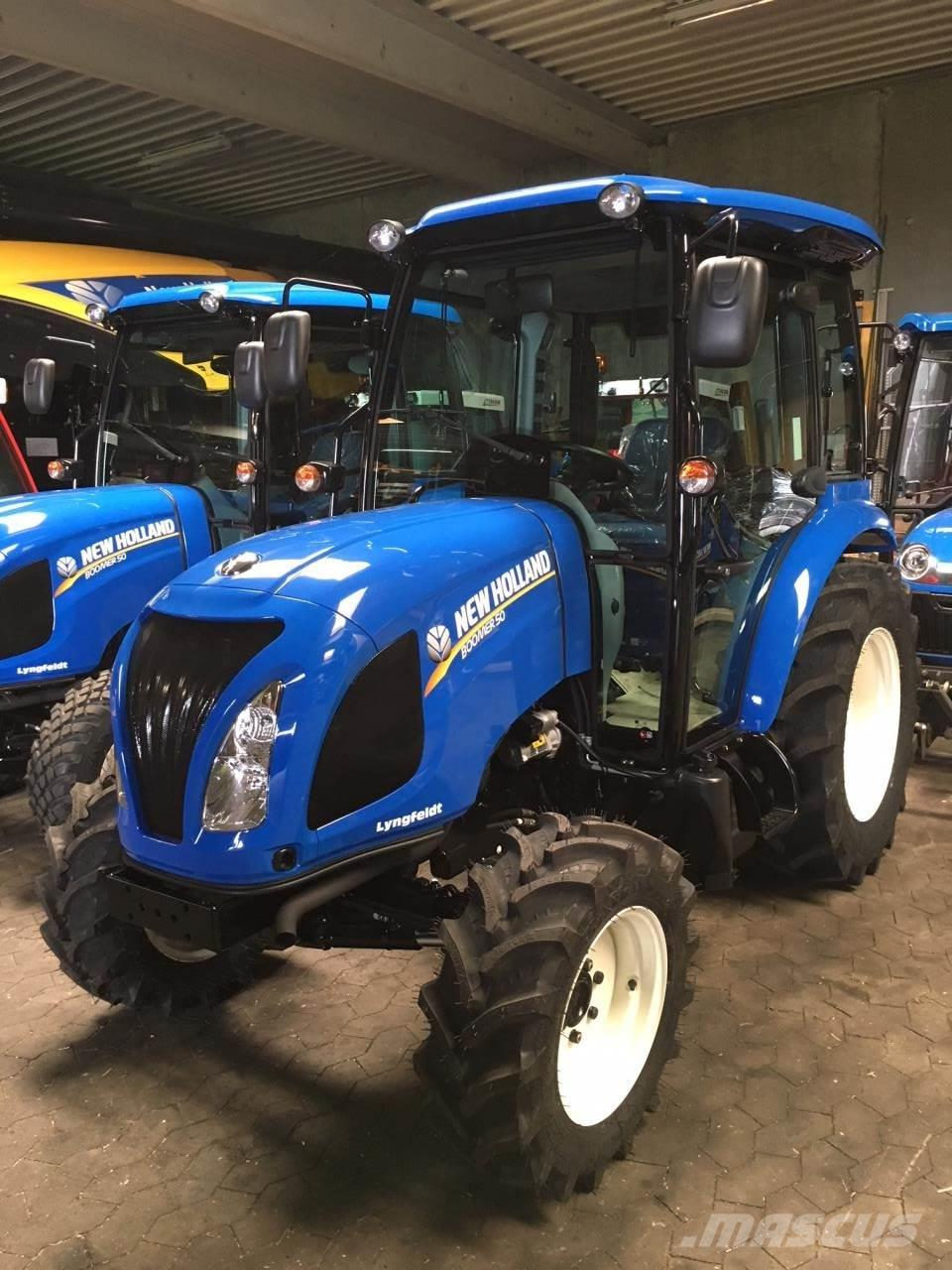 New Holland BOOMER 50 HST CAB