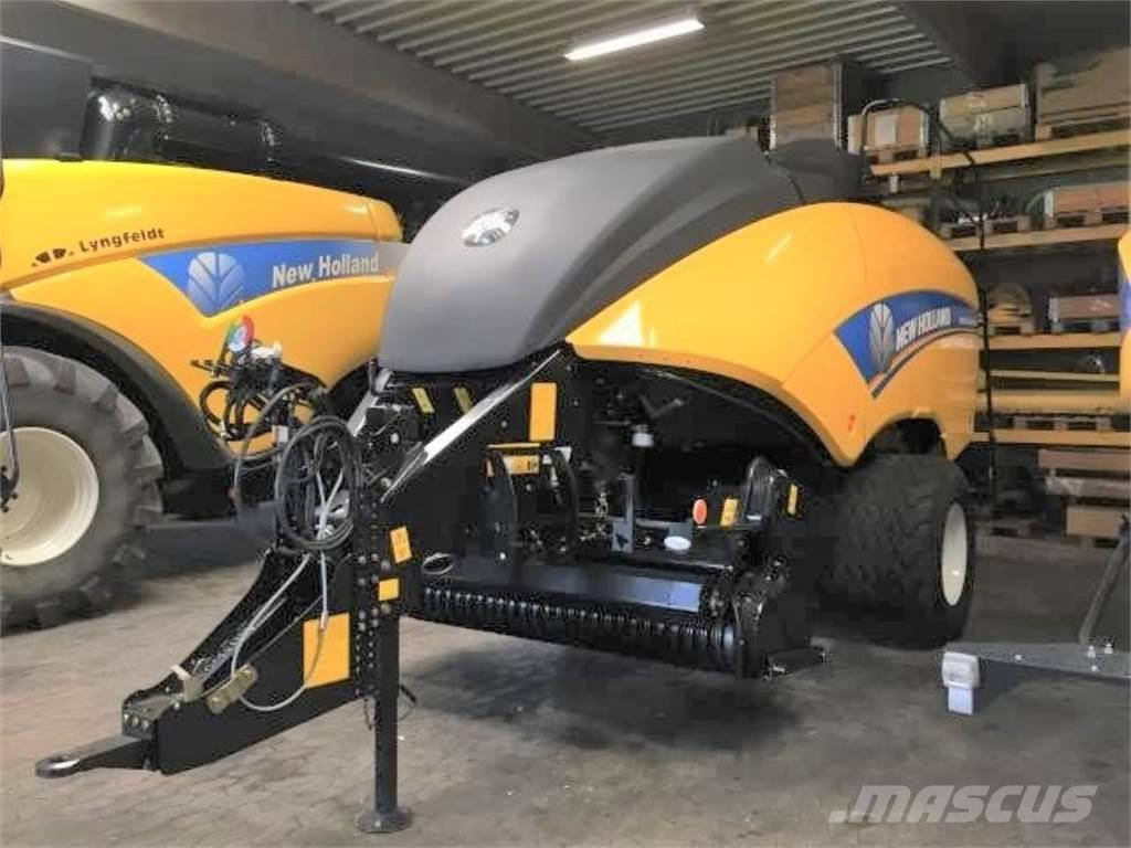 New Holland 890 RC