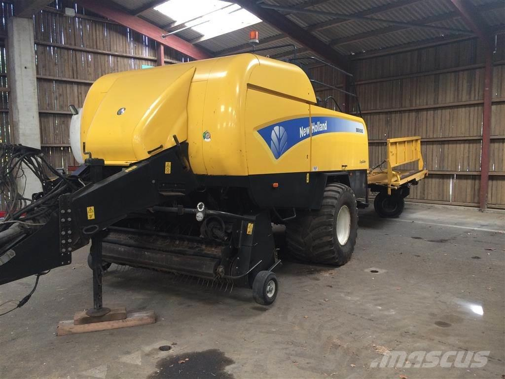 New Holland BB9060 med Parkland vogn