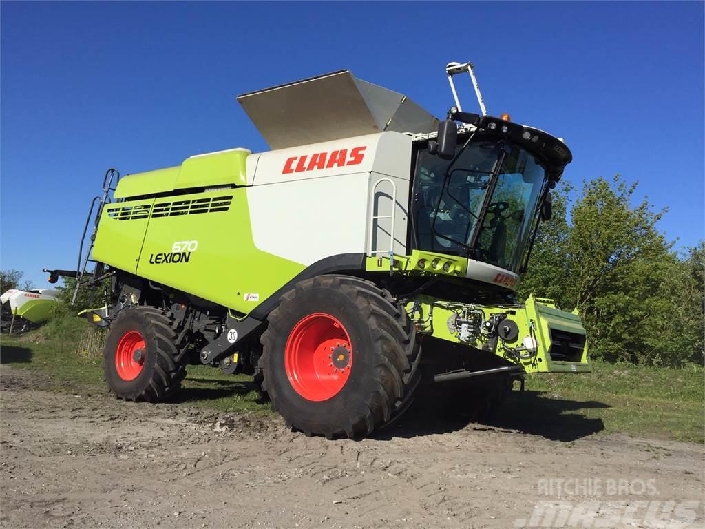 CLAAS LEXION 670 4-WD