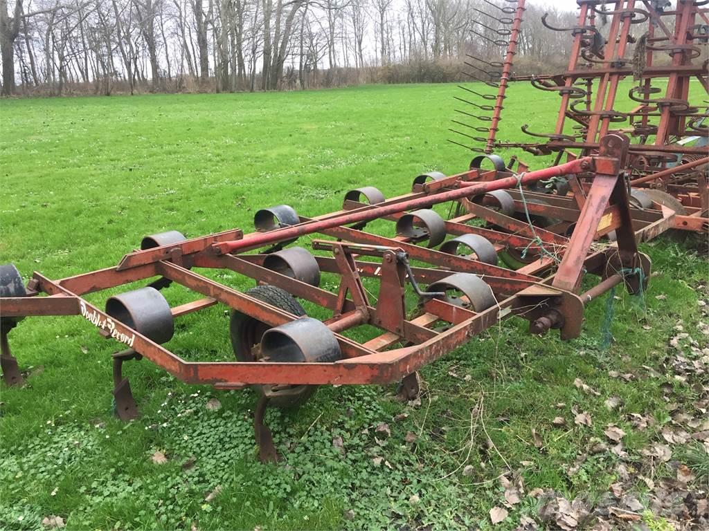 Doublet-Record 16 T STUP