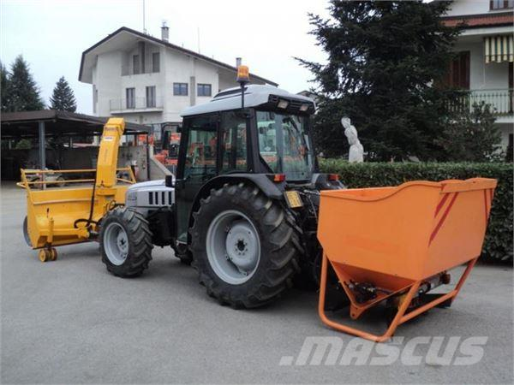 lamborghini rf100 gebrauchte traktoren gebraucht kaufen und verkaufen bei mascus deutschland. Black Bedroom Furniture Sets. Home Design Ideas