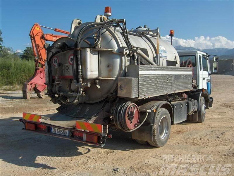 Renault vi 40acj3 saug und druckwagen gebraucht kaufen for Massucco usato