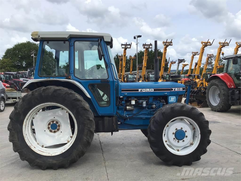 Ford 7810 II Tractor