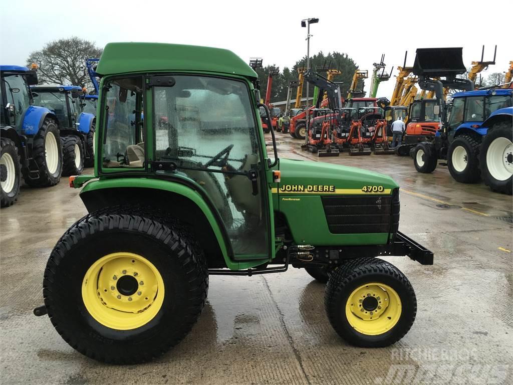 John Deere 4700 Compact Tractor (ST5701)
