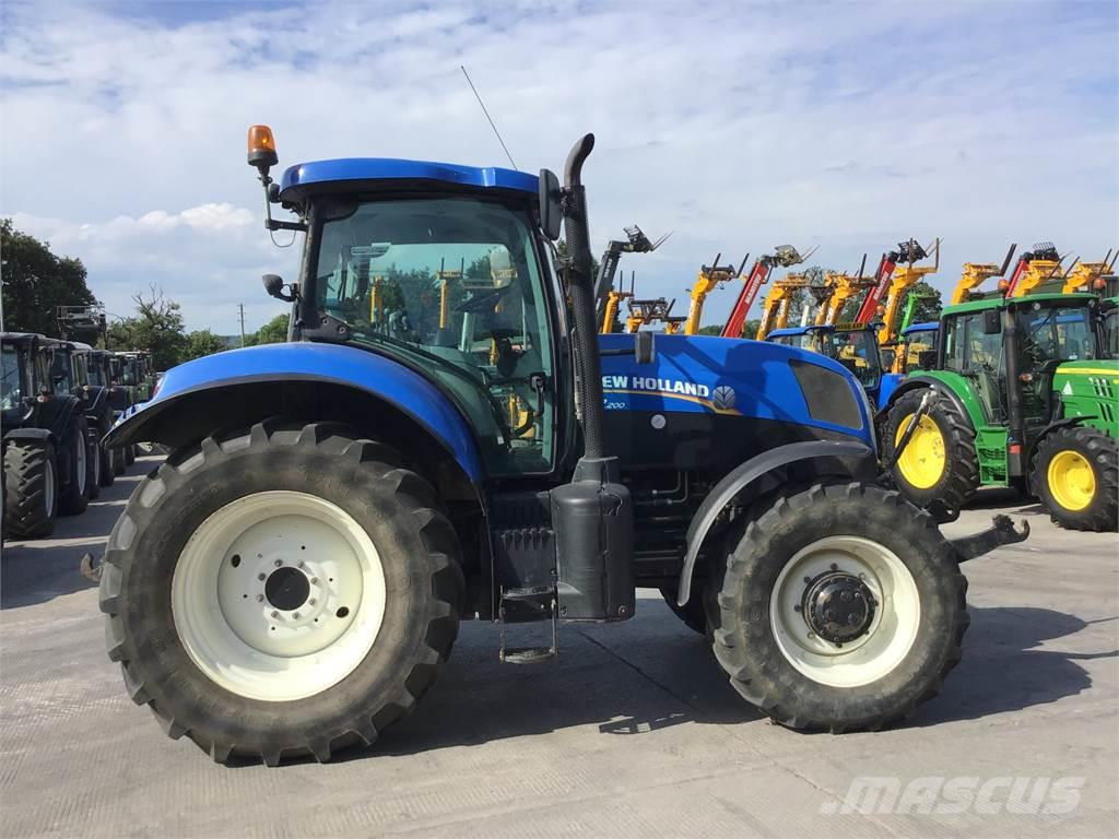 New Holland T7.200 TRACTOR