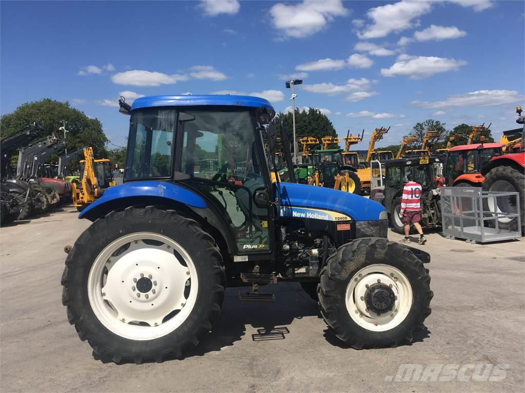 New Holland TD80D Tractor (ST7100)