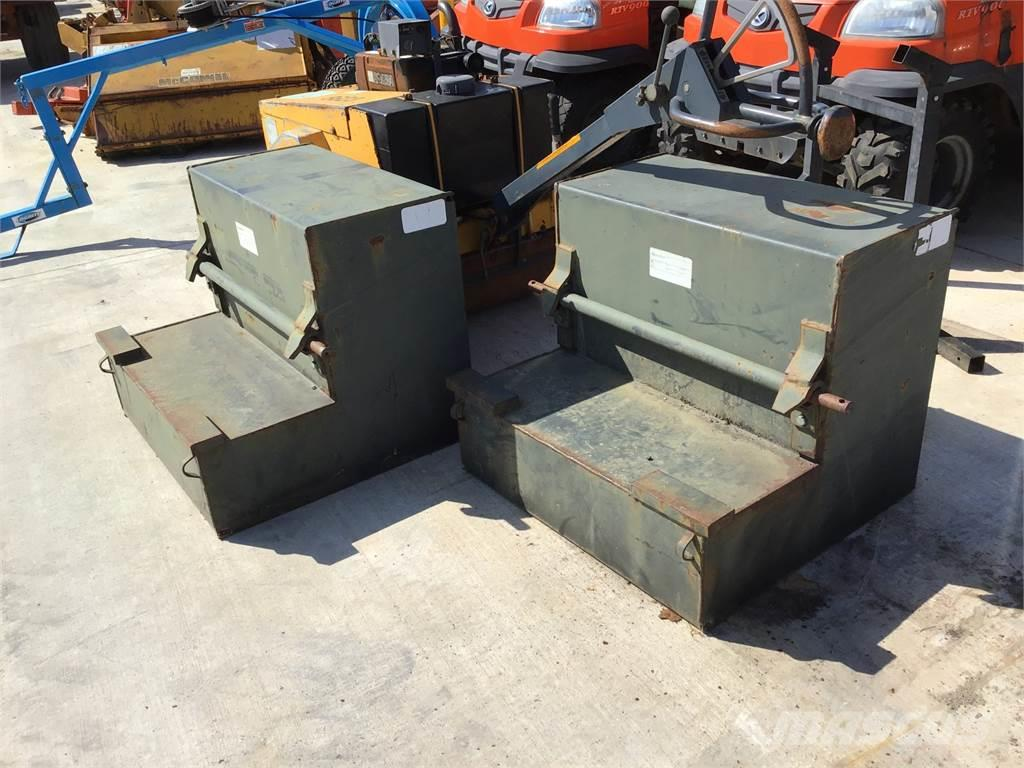 [Other] Choice of 2 Quicke Rear Weight Boxes