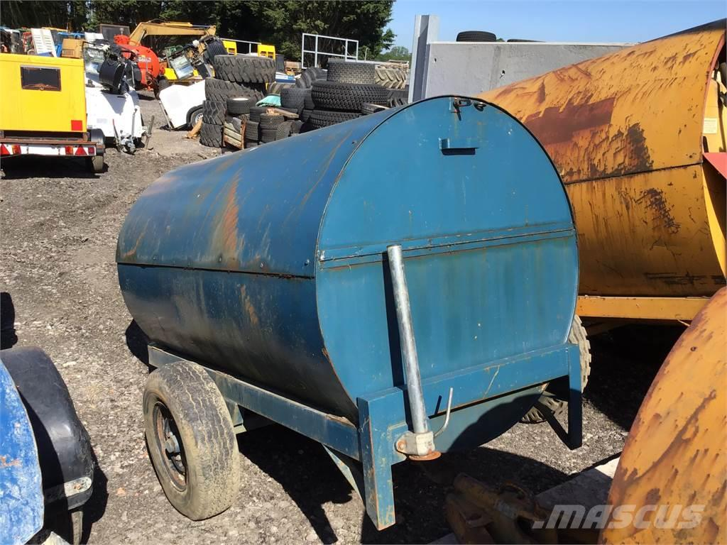 [Other] Slow Tow 950 Litre Diesel Bowser