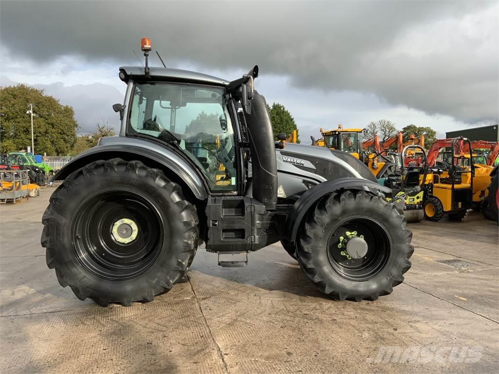 Valtra T254 Unlimited *2019* Tractor (ST8593)
