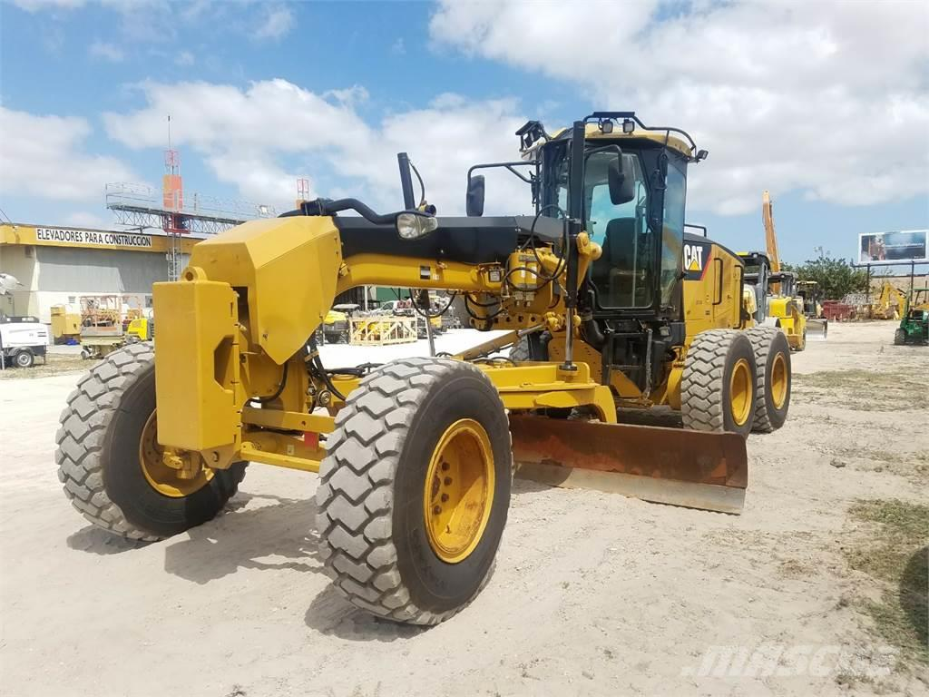 Caterpillar 12m motor grader for sale 5825 nw 74th avenue for Cat 12 motor grader for sale