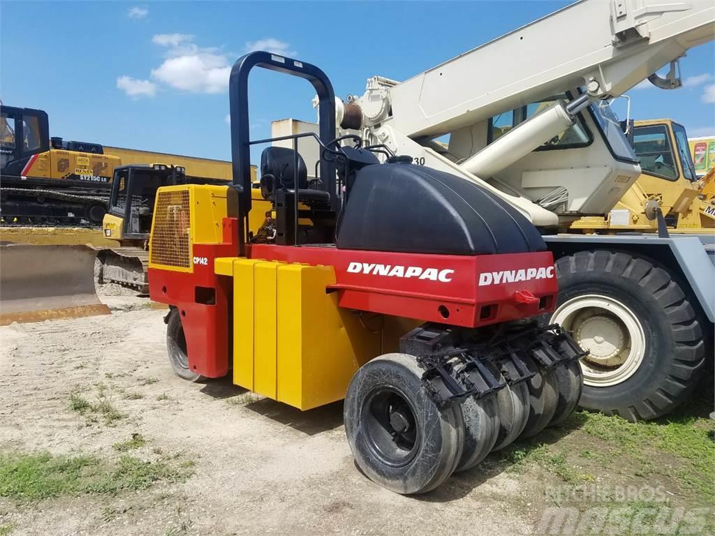 Dynapac CP142 Compactor