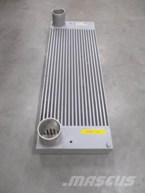 [Other] CF6000 Радиатор охлаждения 7002541 , CF6000, ,