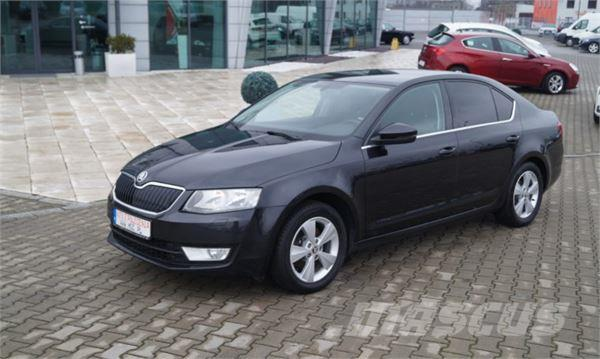 skoda octavia occasion prix 10 672 ann e d 39 immatriculation 2013 voiture skoda octavia. Black Bedroom Furniture Sets. Home Design Ideas