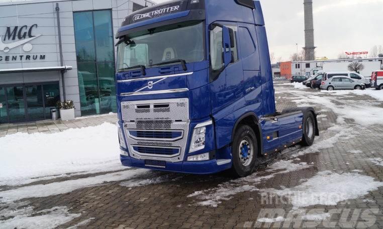 Masywnie Volvo FH 500 Globtroter,Euro 6, Kabina XL, Precio: 42.666 €, Año WX98