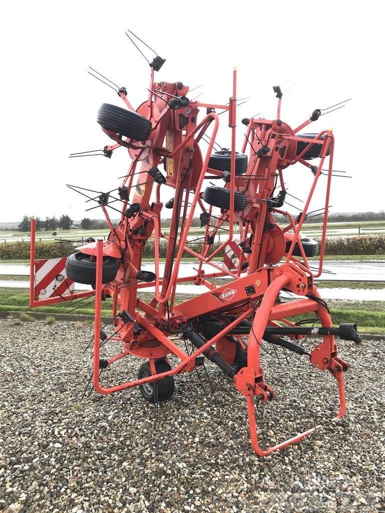 Kuhn GF 8702 8 rotor vender