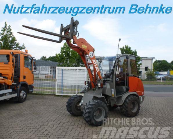 Atlas AR 35 Kabine / Schnellwechsler / Palettengabel
