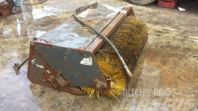 Bobcat Sweeper 54 **Anbaukehrbesen**